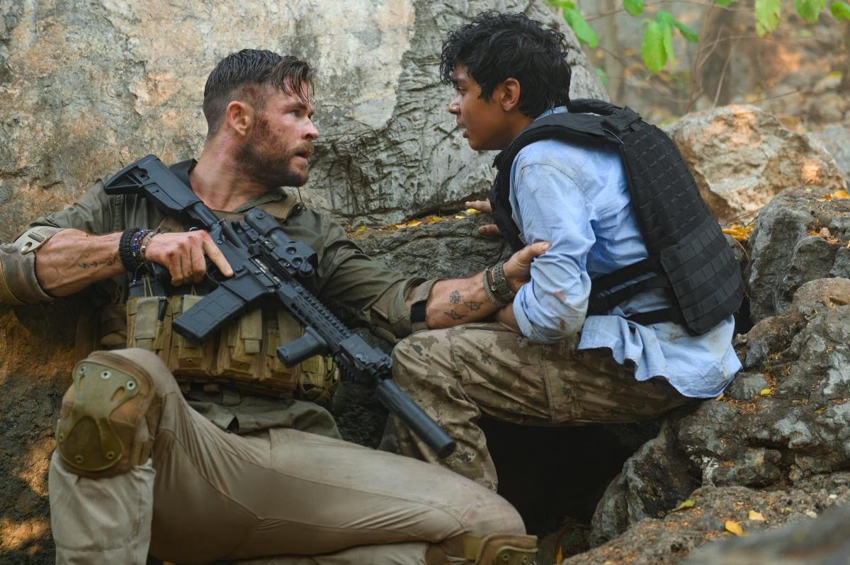 Chris Hemsworth's Netflix Film Extraction Set In India Gets A High-Octane Trailer