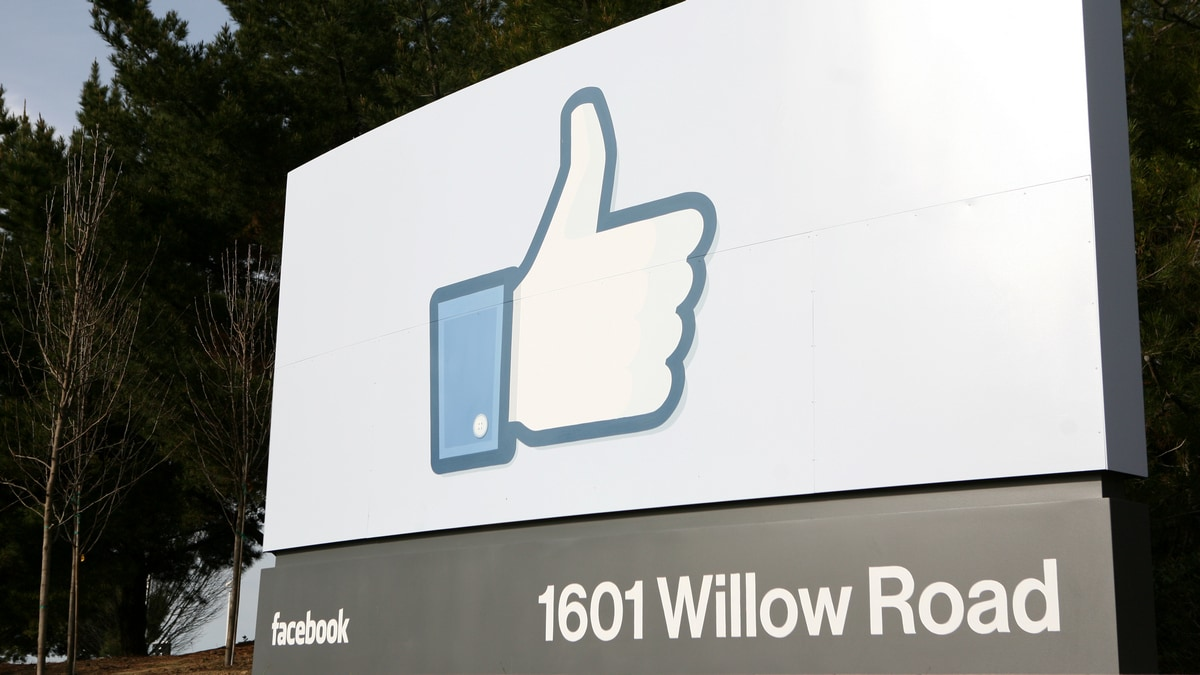 Facebook Hides 'Likes' in Australia Trial to Ease Anxiety