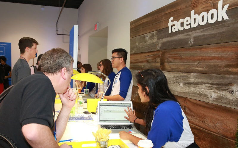 Facebook Reports Modest Growth of Women Employees