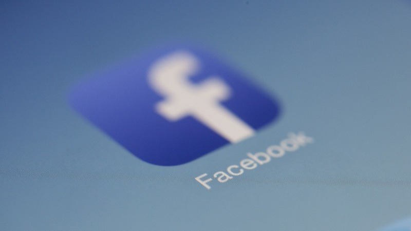 Facebook Said to Have Given Phone Makers, Including Apple and Samsung, Access to User Data