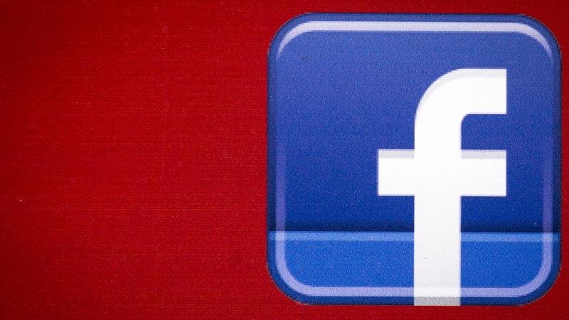 Facebook स्मार्टवॉच WhatsApp, Instagram और Messenger सपोर्ट के साथ होगी लॉन्च, एप्पल वॉच को देगी टक्कर!