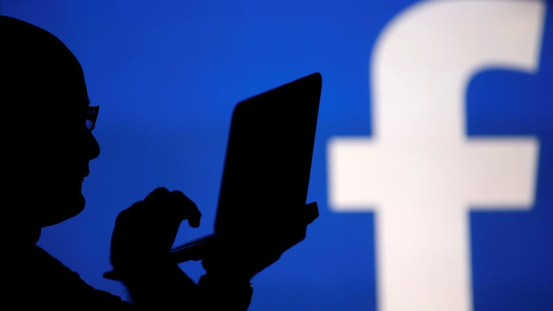Facebook Refutes Report, Says It Disagrees With Apple but Uses Android Purely on Merit