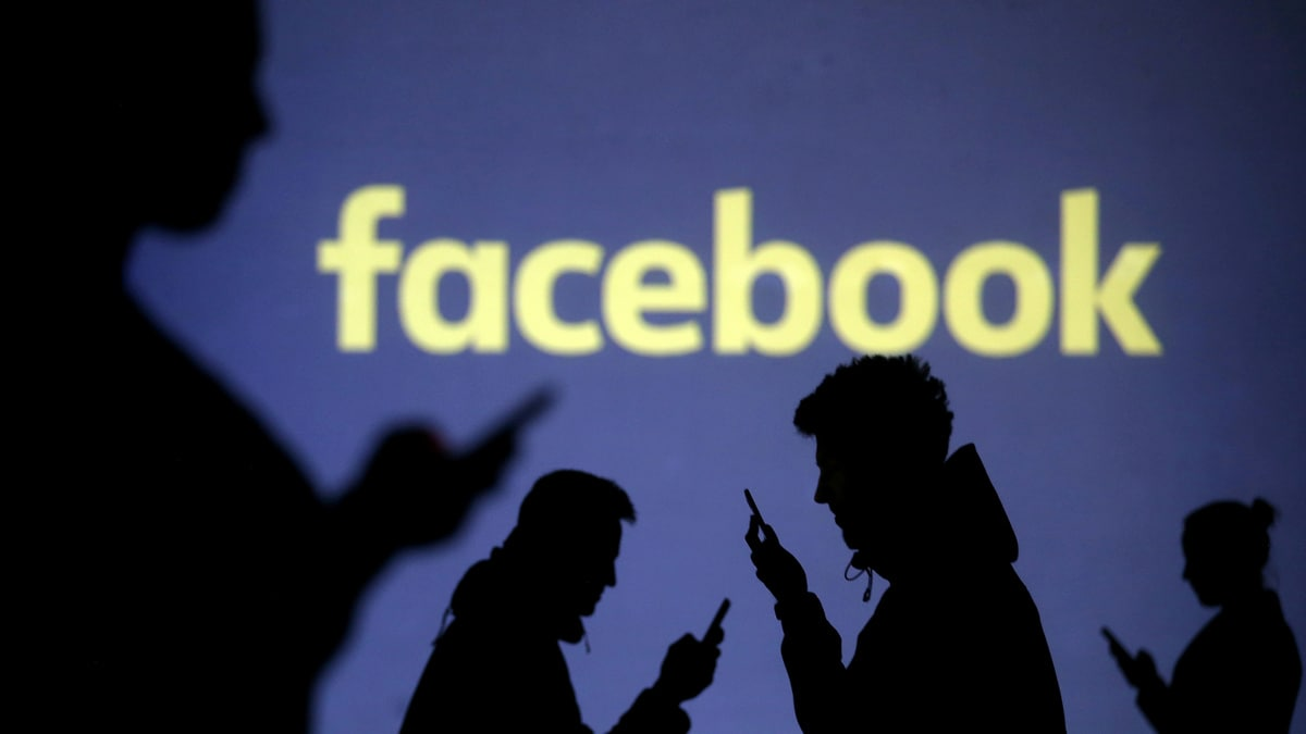 Facebook Breached Canadian Privacy Laws, Watchdogs Say