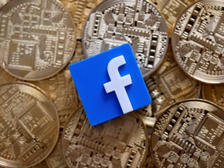 Facebook Crypto Plans Turn Up Heat on EU Banks Over Real-Time Payments