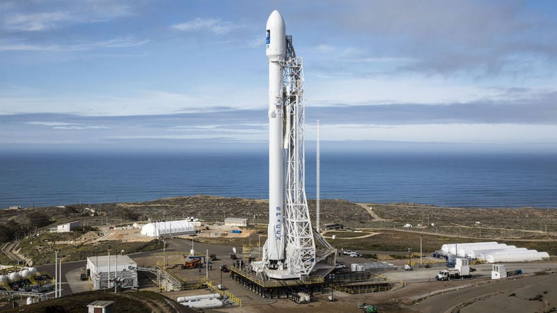 SpaceX Postpones First Commercial Launch of Updated Falcon 9 Rocket