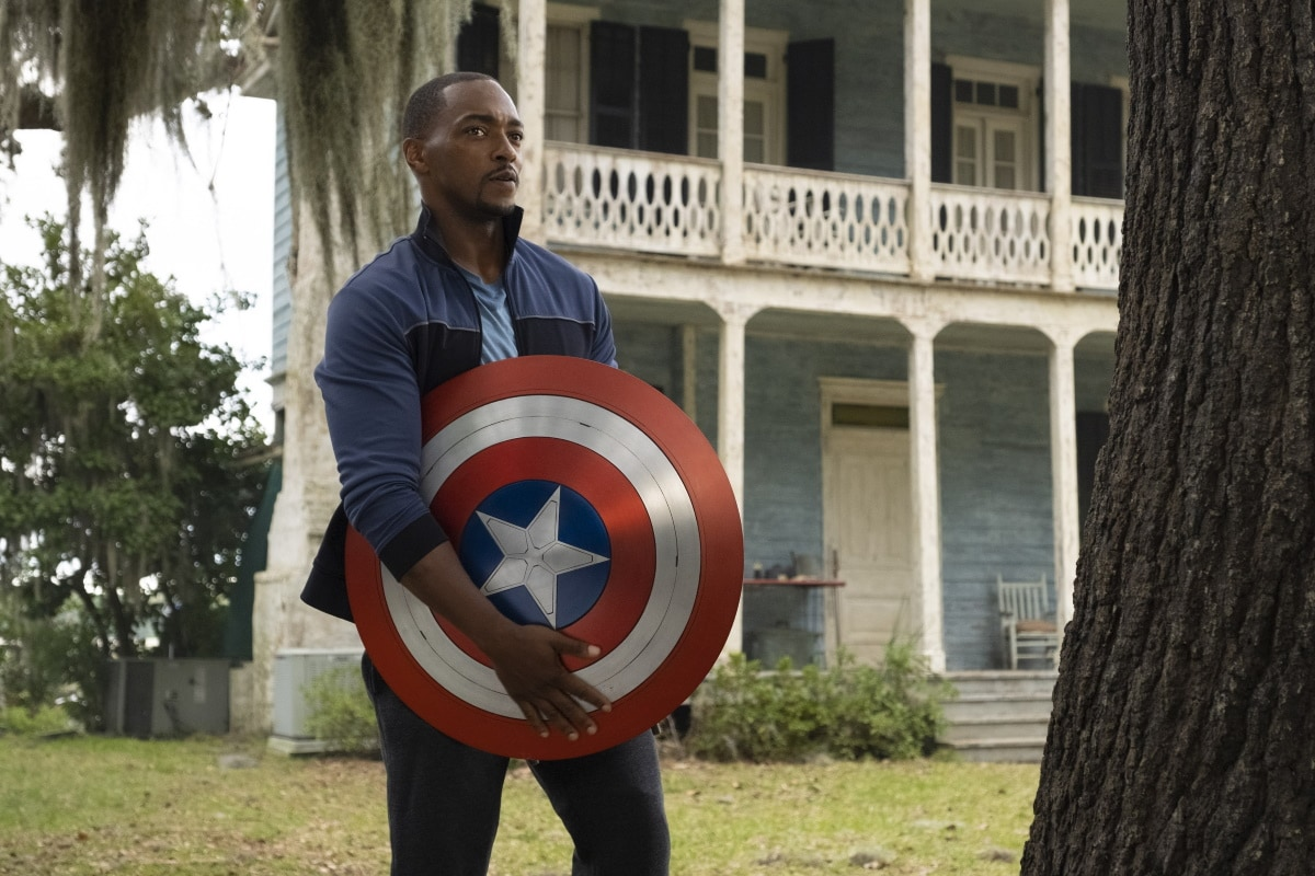 Falcon & Winter Soldier Review: A Bumpy Take-Off for MCU's 2nd Generation