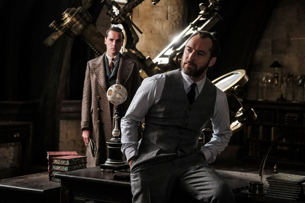 Watch the New Trailer for Fantastic Beasts: The Crimes of Grindelwald
