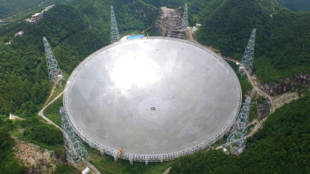 Chinese astronomers detect mysterious signals from space