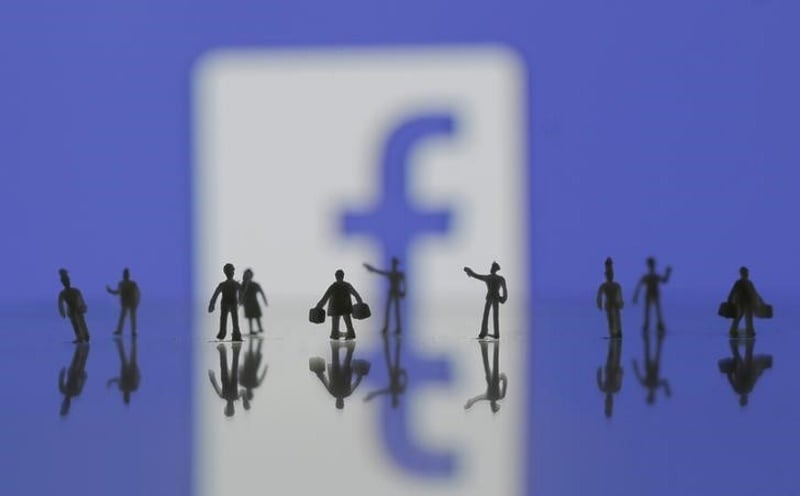 Facebook Reportedly Looking to Broadcast Original Shows