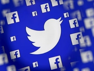 Facebook and Twitter Are Too Big to Allow Fake Users