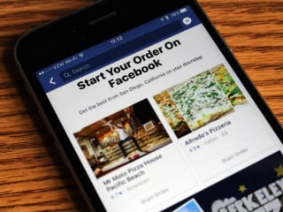 Facebook Now Lets You Order Food