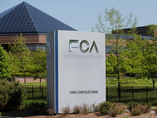 Fiat Chrysler to Pay Tesla Hundreds of Millions for CO2 Emissions Credits