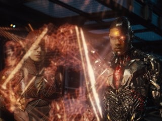 Zack Snyder to Break Down Justice League Trailer in Black-and-White on Tuesday