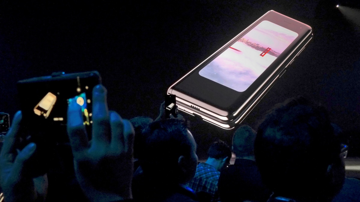 Samsung Galaxy Fold Pre-Orders Cancelled Before Relaunch