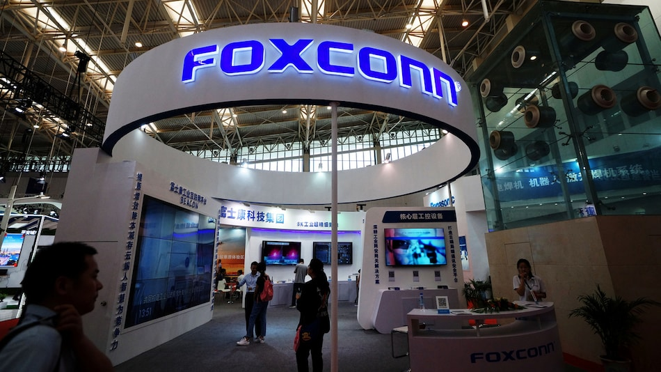 Apple Supplier Foxconn Says Indian Customs Clearing Procedures Have Been Resolved