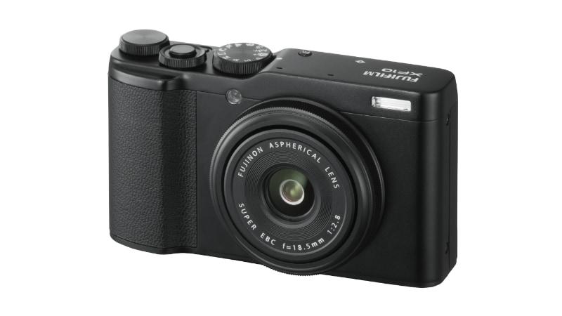 Fujifilm XF10 Compact Camera With 24.2-Megapixel APS-C Sensor, Touchscreen Launched