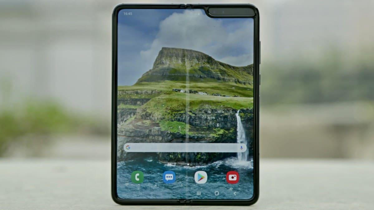 galaxy fold 6 Samsung Galaxy Fold