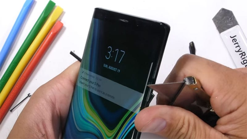 Samsung Galaxy Note 9 Durability Test Reveals an Odd Surprise