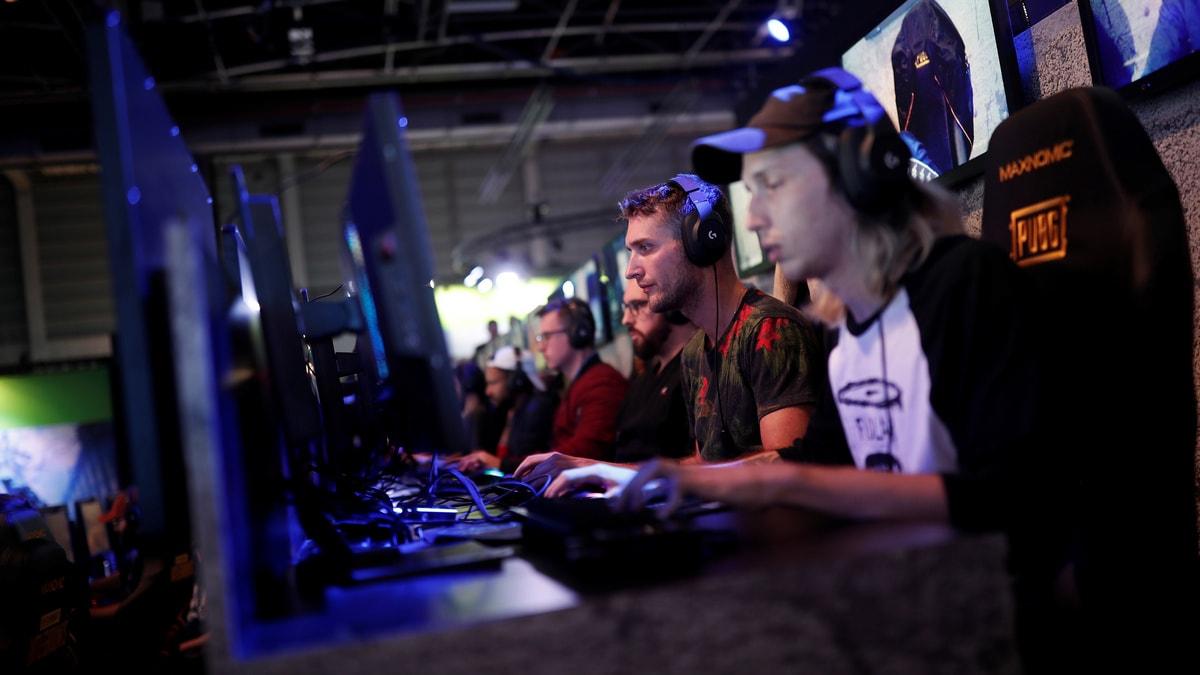 US Videogame Sales Surge in March as Lockdown Keeps People Indoors