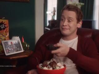 Google's New Ad Recreates Iconic Home Alone Scenes With Macaulay Culkin and Google Assistant