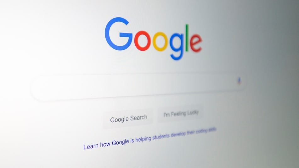 Google Search Spotted Testing a Tweaked UI to Show Image Previews, Expanded Text