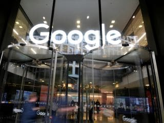 Google Said to Pay Apple $15 Billion to Remain Default Search Engine on Safari in 2021