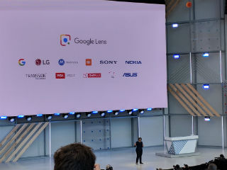 Google I/O 2018: Google Lens Integrated Into Camera App, Gets Smart Text Selection, Style Match, and More