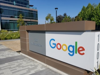 Google 'Experiment' Blocks Australian News From Local Searches Amid Government Push to Pay Media Firms