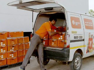 Grofers CEO Says Lockdown Fears on Tuesday Drove Spike in Carts for Grocery Delivery