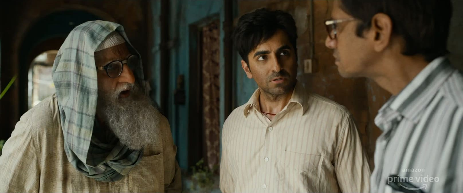 Gulabo Sitabo Trailer: Bachchan, Khurrana at Each Other's Throats in Amazon Movie