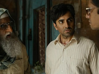 Gulabo Sitabo Trailer: Bachchan, Khurrana at Each Other's Throats in Amazon Movie