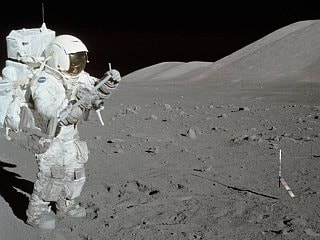 NASA to Study Untouched Moon Samples From Apollo Missions