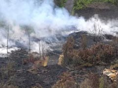 Cracks In Hawaii Volcano Roar Amid Warnings Of More