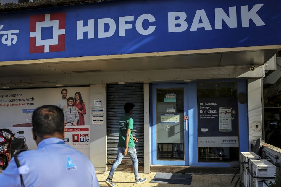 India's Mobile Payments Revolution Slowed Down by Tech Glitches at Big Banks