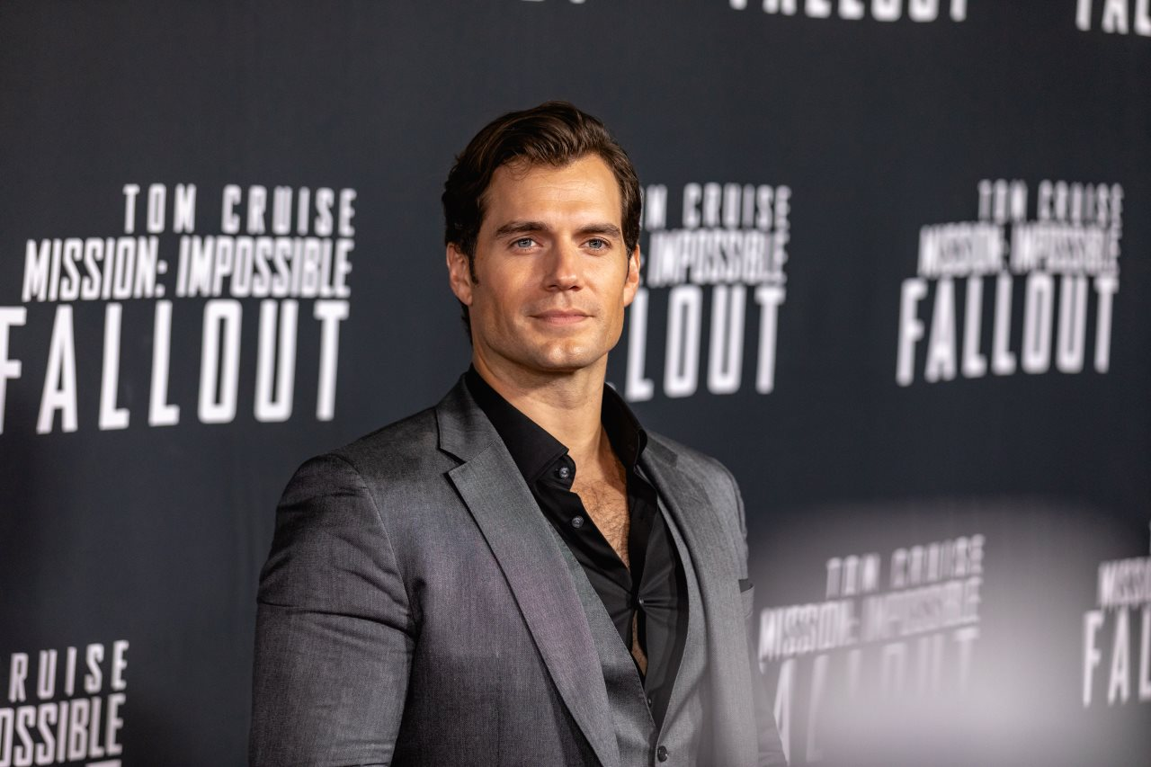 Henry Cavill Cast as Lead of Netflix's The Witcher Series