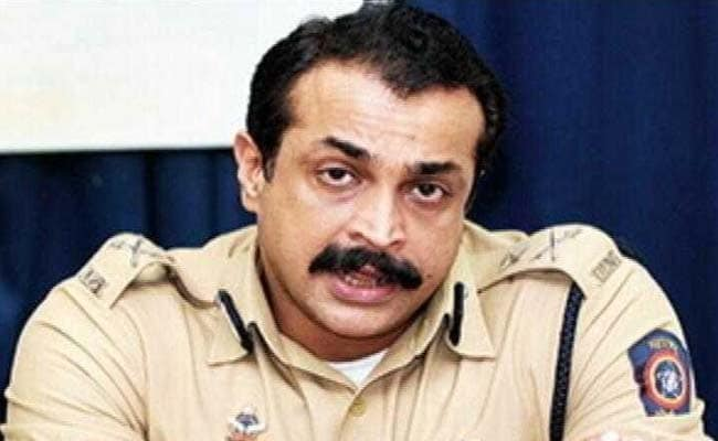 Ex-Maharashtra ATS chief Himanshu Roy shoots self at his Mumbai residence