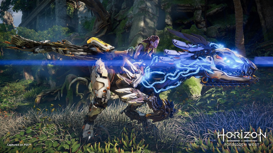 Horizon Forbidden West PS5 Gameplay Shows New Robots, New Enemies, and Aloy's New Powers
