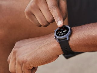 Huami Amazfit GTR 42mm With AMOLED Display, 12-Day Battery Life Launched in India at Rs. 9,999
