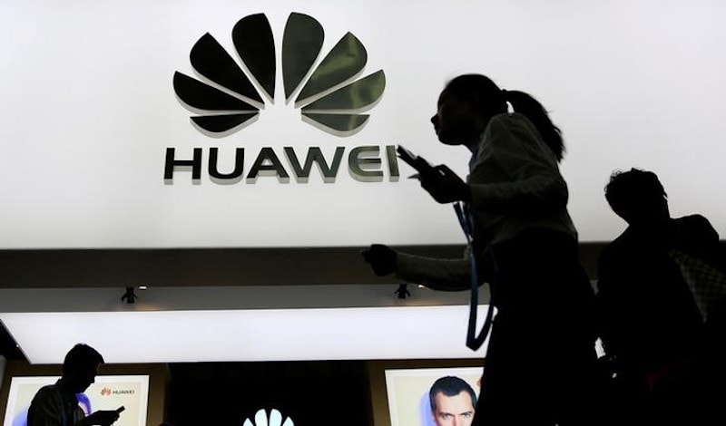 Huawei Narrows Gap With Samsung Apple in Smartphone Sales Gartner