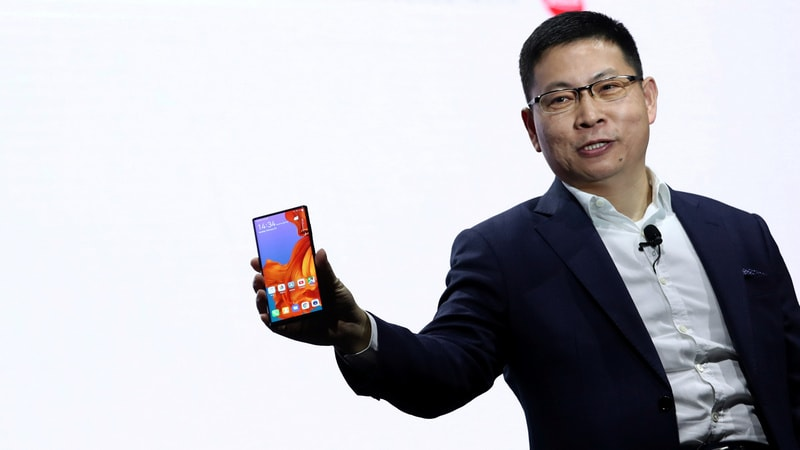 MWC 2019: Foldable Phone Outlook Hinges on Price
