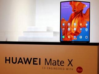 Huawei Mate X के पोस्टर की मिली झलक, जल्द हो सकता है लॉन्च
