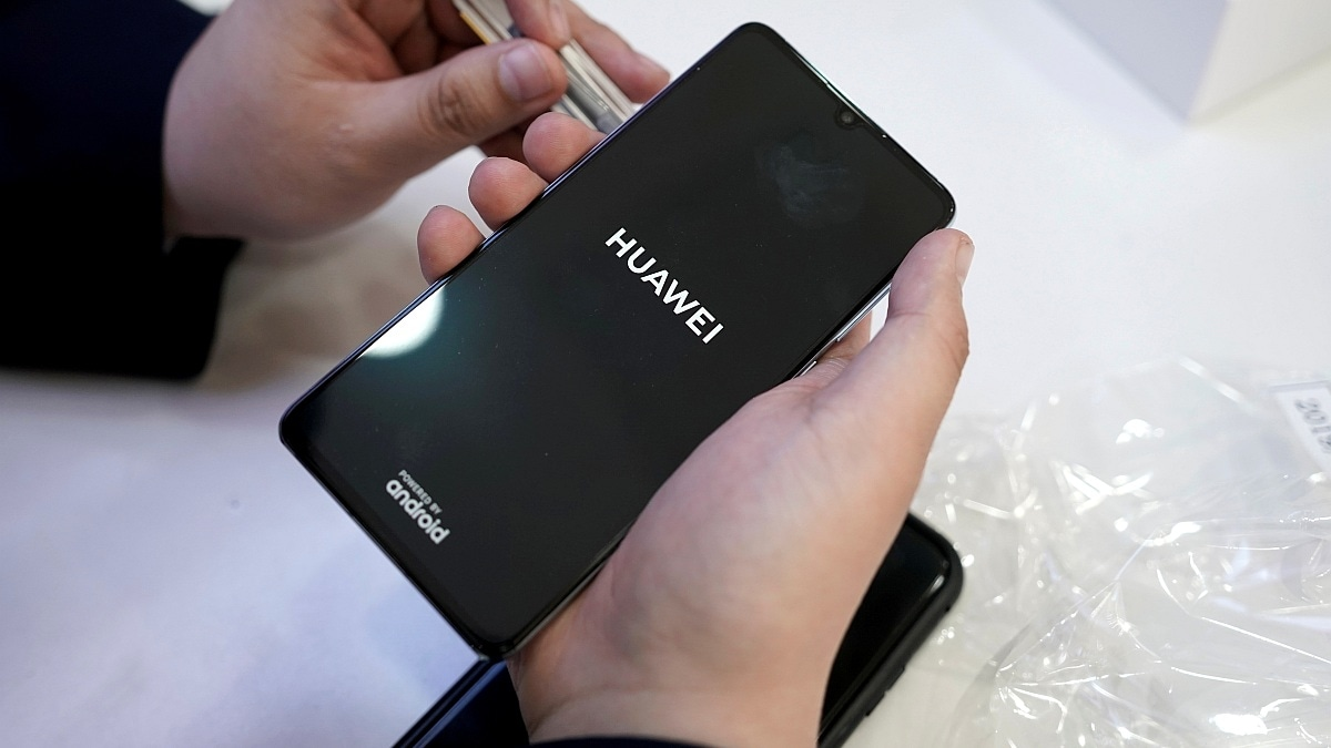 Huawei Handsets Draw Fewer Clicks After US Ban: PriceSpy