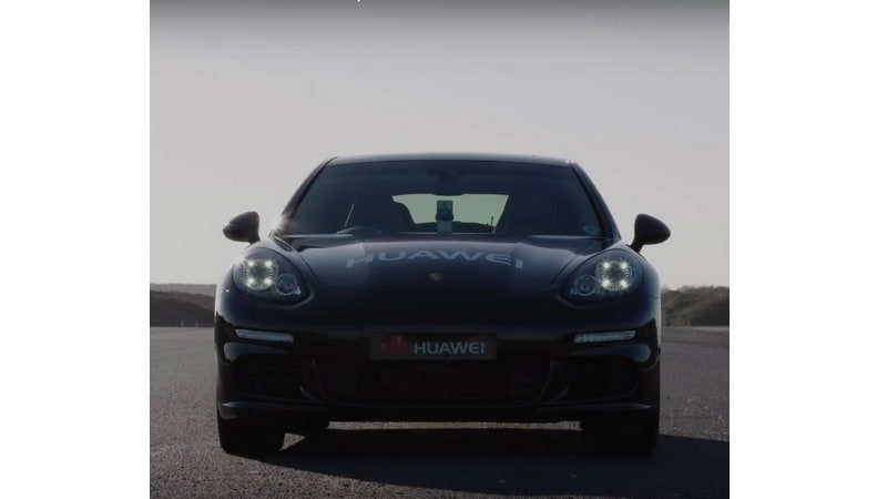 Huawei Mate 10 Pro's AI Capabilities Used to Drive a Porsche