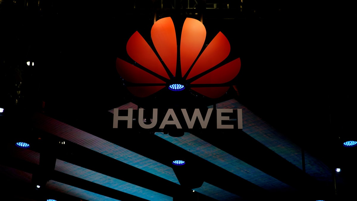 Huawei Jumps Ahead of Apple in Tough Smartphone Market: IDC
