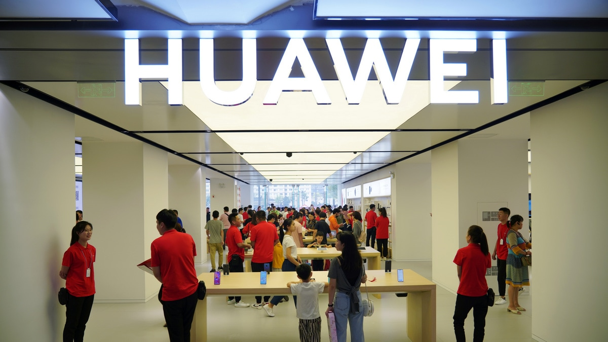 Huawei Mate 30 Series Launch Said to Be Planned for September Under Cloud of Google Ban