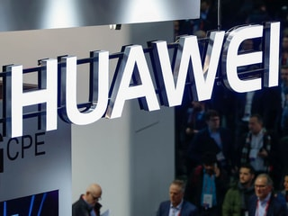 Huawei CEO Confirms Plans to Build a Foldable 5G Smartphone