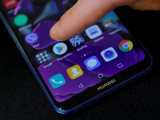 Global Smartphone Shipments May Decline in 2019 Thanks to US-China Trade War: Canalys