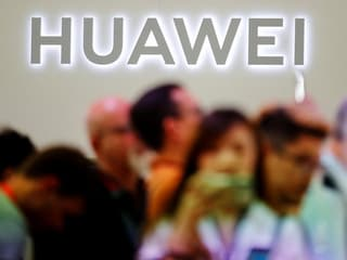 China Slams US for 'Economic Bullying' of Huawei, ZTE