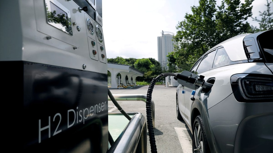 Hyundai to Offer Hydrogen Fuel Cell Versions of All Commercial Vehicles by 2028