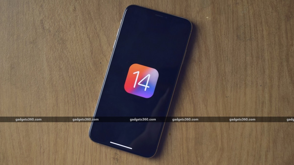 Apple to unveil new iPhone models next week